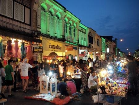 プーケット ウォーキングストリート(Phuket Walking Street)
