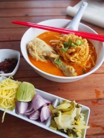 カオソイ・タイ北部料理