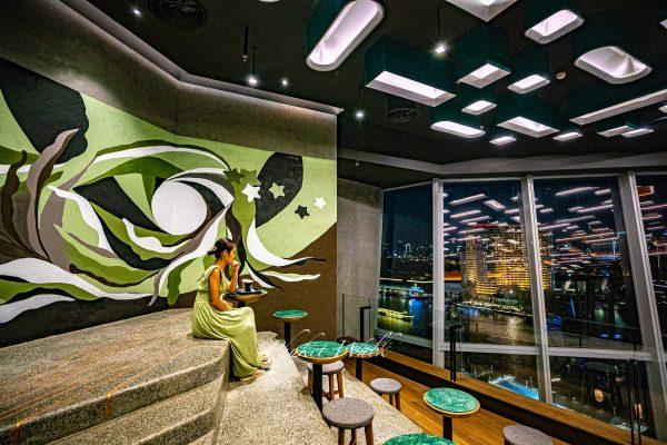 Starbucks Resorved Chao Phraya Riverfront @Icon Siam