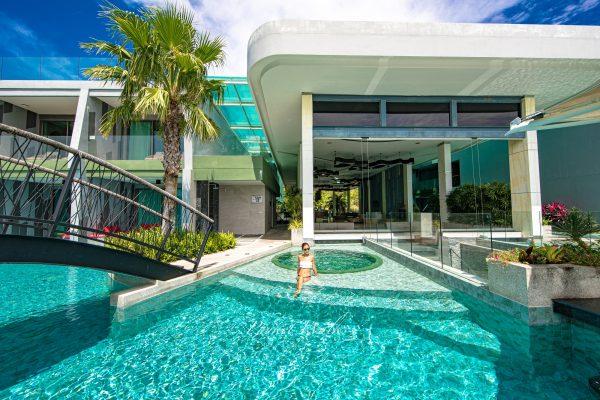 Crest Resort&Pool Villas Phuket